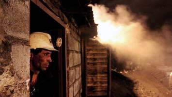 گرد زغالسنگ روی شانههای یورت
