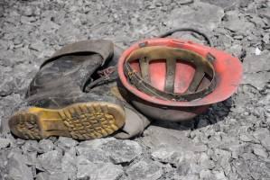 مبلغ دیه قانونی کارگران معدن آزادشهر یورت فقط ۱۷ میلیون تومان؟!