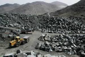 سقوط قیمت سنگ آهن ادامه دارد
