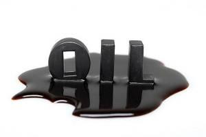 سال ۲۰۱۸ عرضه نفت از تقاضا پیشی میگیرد