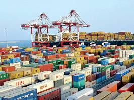 کاهش واردات و افزایش ۶۱ درصدی درآمدهای گمرکی