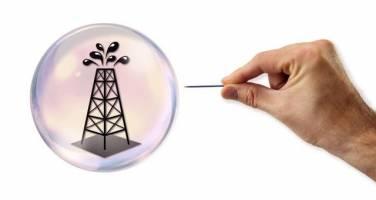 ذخیرهسازیهای جهانی نفت خام در حال کاهش است
