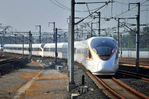 سریع ترین قطار دنیا در چین به حرکت درآمد