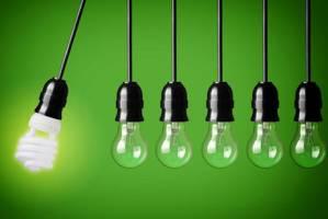 گلایه برقیها از واردات بیرویه لامپ