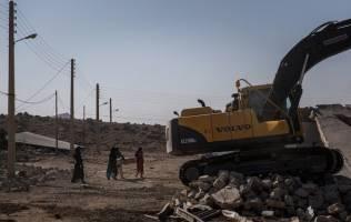 واحدهای صنعتی آسیب دیده از زلزله بازسازی میشوند