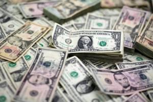 راه افتادن بازار غیر رسمی برای خرید دلار و یورو