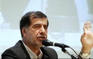 باهنر: حرف زدن با احمدینژاد بیفایده است