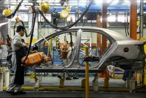دوئل واردات و تولید خودرو در سال جدید