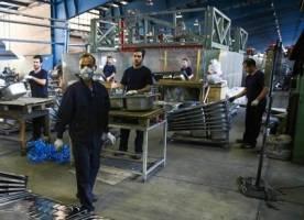 بانکها از تولید ملی و کارآفرینان حمایت کنند