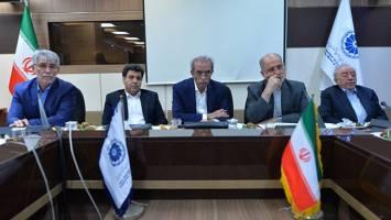 تنها راه نجات اقتصاد ایران، جذب سرمایه خارجی است
