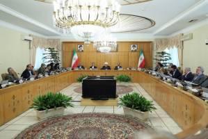 ملت بزرگ ایران را کسی نمیتواند به زانو درآورد