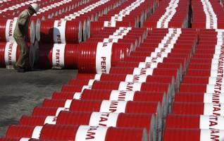عربستان تحت فشار ترامپ ترمز افزایش قیمت نفت را کشید