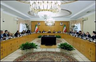 دولت با اصلاح مبلغ حداقل حقوق کارکنانش در ۹۷ موافقت کرد