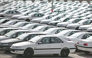 آشفته بازار خودرو بدون نظارت دولت