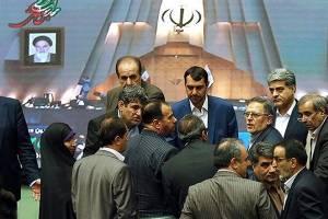 شکایت «سیف» از سه نماینده مجلس بخاطر حواشی یک جلسه غیرعلنی
