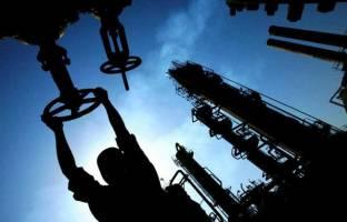 کاهش قیمت نفت در پی حمایت ایران از افزایش تولید اوپک