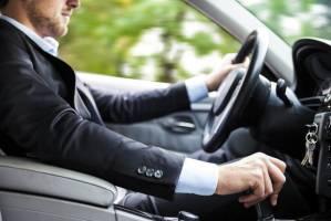 «تاخیر در تحویل» داد مشتریان خودرو را درآورد!