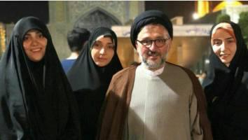 پاسخ ابطحی به کمپین «فرزندت کجاست»: سه دختر دارم؛ خانه دار، معلم پاره وقت و دانشجو +عکس