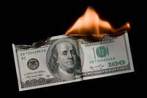 چه کسانی در تصویب پیمانهای پولی کارشکنی میکنند؟