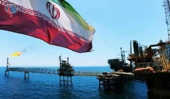 ادامه صادرات نفت ایران با وجود تهدید تحریمهای آمریکا