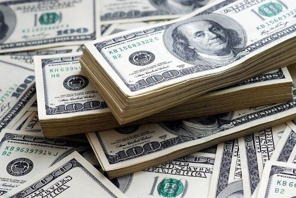 رویترز خبر داد؛ فشار روسیه بر مشتریان نفتی مسکو برای استفاده از یورو به جای دلار
