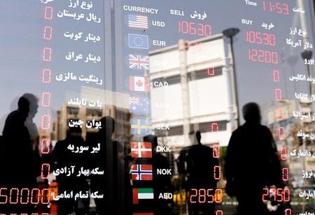 کاهش نرخ ارز با هدف یکسانسازی بازارها