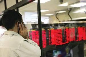 گزارشی از حال و هوای امروز بازار سرمایه خودروییها بورس را تکان دادند