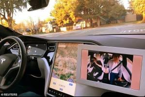 خودروهایی که حرکات راننده خود را زیر نظر دارند