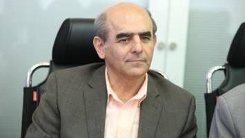 مدیریت نهادها در اختیار دولت و شرکت های خصولتی است