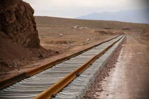 مراکز کدام استانها به ریل متصل میشود؟