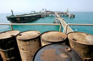 از احمدی نژاد اصرار، از وزارت نفت انکار