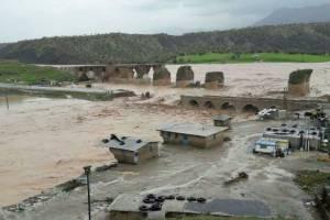 ۱۱۳ روستای لرستان همچنان محصور سیل