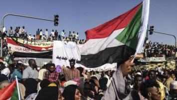 کمک ۳ میلیارد دلاری عربستان و امارات به سودان