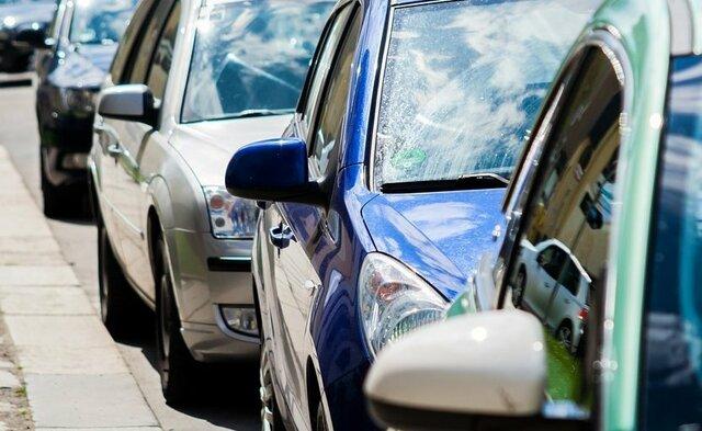 انفعال در برابر خودروسازان تا کی ادامه دارد!؟