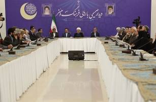 روحانی: در برابر زورگویی دشمن تسلیم نمیشویم/ جامعه به امید نیاز دارد