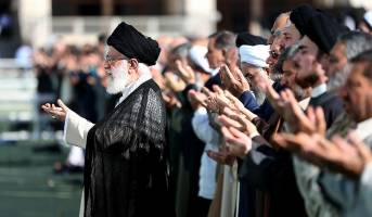 اقامه نماز عید فطر به امامت رهبرمعظم انقلاب( ۱۵ خرداد ۱۳۹۸)