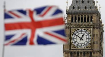 انگلیس نمایندهای به ایران نفرستاده است