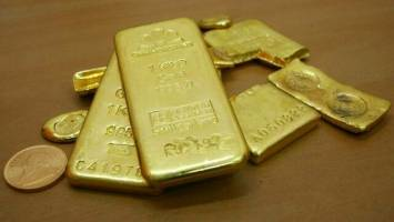 طلای جهانی نزدیک مرز ۱۵۰۰ دلار ایستاد