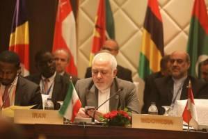 ظریف: امنیت منطقه را نمیتوان از بیرون خرید