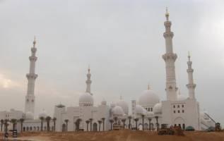 همه چیز در ارتباط با مسجد ابوظبی