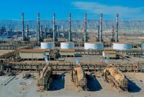 قیمت واقعی نفت مبنای تعیین نرخ خوراک پالایشگاهها شود