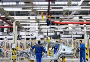 فراز و فرودهای تولید خودروهای سواری