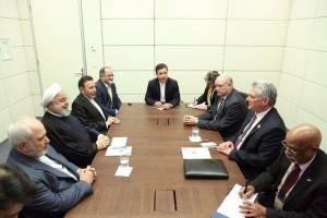 روحانی: قدرتهای استکباری در برابر مقاومت ملت ایران و کوبا، چارهای جز تسلیم ندارند