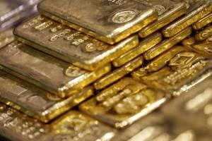 قیمت جهانی هر اونس طلا از ۱۵۰۰ دلار فراتر رفت