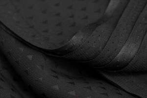 کیفیت چادر مشکی وارداتی را کنترل کنید تا تولید داخلی رونق گیرد