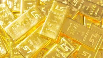 طلا کنار نمیرود