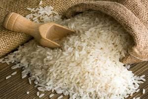وجود ۲۴۵ هزار تن برنج در گمرکات