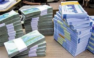 تاجگردون: حقوق یک میلیون و ۱۰۰ هزار کارمند در سال آینده ۸۰ درصد افزایش مییابد