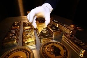 پیشروی طلا به سد دلار خورد