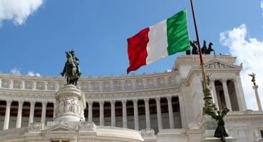 کدام بانکهای ایتالیایی برای حسابهای ایرانیان محدودیت ایجاد کردهاند؟